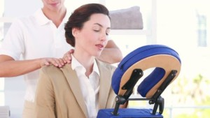 719490514-massage-chair-therapist-fysiotherapy-examination-room